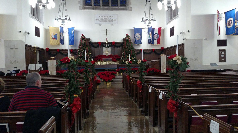 summerall-chapel-at-christmas